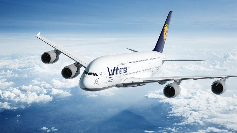 https://icaninfotech.com/wp-content/uploads/2020/01/Lufthansa-taps-Google's-cloud-tech-to-mitigate-the-impact-of-flight-delays.jpg
